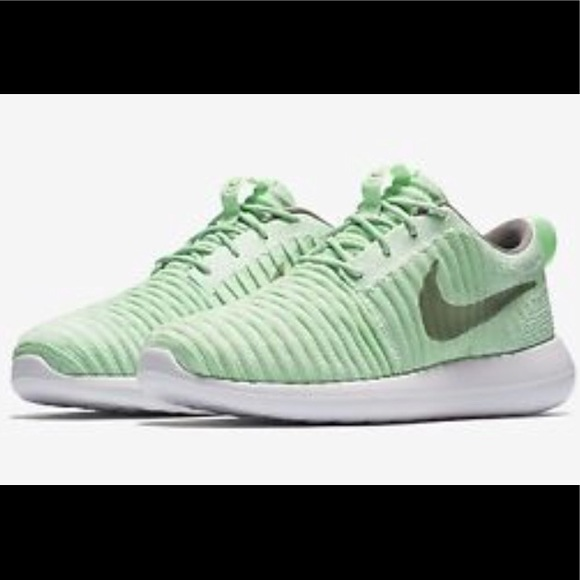 d7e822ff95656 Buy nike roshe 2 green   Up to 51% Discounts